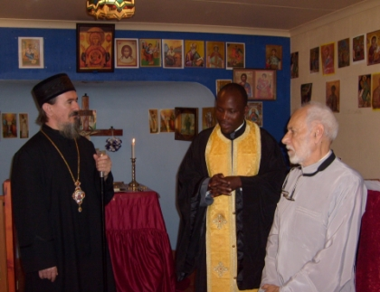Bishop Atanasije is welcomed in the Catechetical School by the Deputy Dean, Fr Athanasius Akunda, and Deacon Irenaeus MacDonald