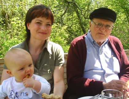 Richard Wood (right) with daughter Rachel and grandson Antoine d'Arcy