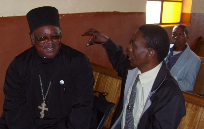 Fr Frumentius talks to Revd Nupi Motau of the AOC