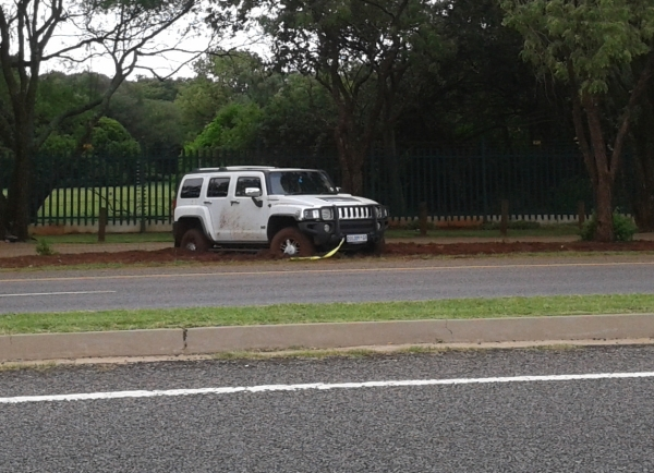 This Hummer, stuck outside the Botanic Gardens,  didn't get too far off road during the storms