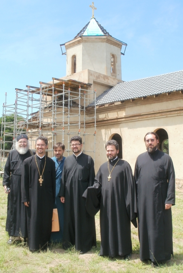 Clregy who attended, each representing a different nation: Dn Stephen Hayes (South African), Fr Razvan Tatu (Romanian), Fr George Cocotos (Greek) Fr Yonko (Bilgarian), Fr Daniel (Russian), Fr Isaylo (Serbian). Not in the picture was Fr Athanasius (Kenyan)