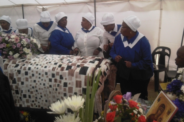 "She also got a new blanket as a pall to cover the coffin, and another old ladyt in the congregation said, ""Rather give me a blanket when I'm alive and feel the cold."""