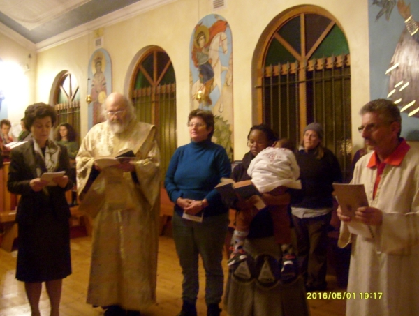 Vespers of Love -- reading the gospel in different languages